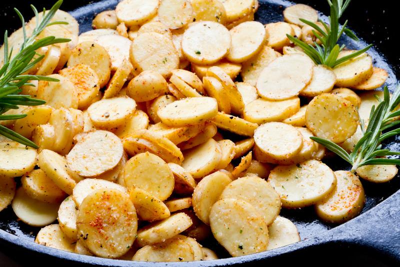 So bereitest du Bratkartoffeln perfekt zu