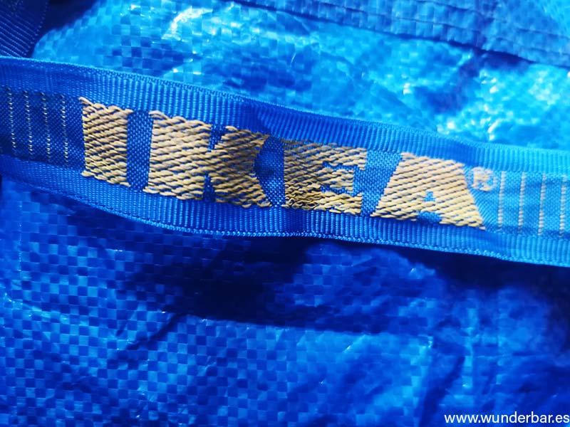 Frakta. Überraschende Ideen für die blaue IKEA Tasche.