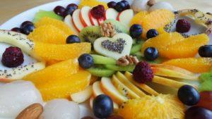 Obstteller hilft beim Abnehmen